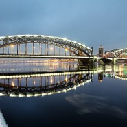 Дворцовый мост фотографии
