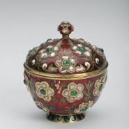Выставка «Дары Востока и Запада Императорскому двору за 300 лет» фотографии