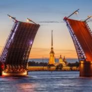 Звуковое шоу Поющие мосты-2019 фотографии