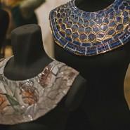 Выставка «Фарфоровая мода от Татьяны Чапургиной» фотографии