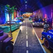 Интерактивное пространство— музей Авто-легенды Голливуда «Route 66» фотографии