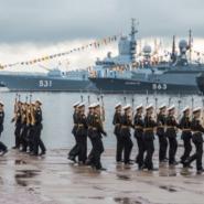 Выставки вооружения и военной техники в Кронштадте 2017 фотографии
