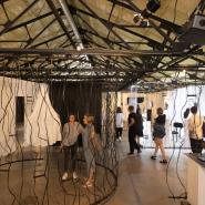 Выставка «Новая кожа: миф технологического тела» фотографии