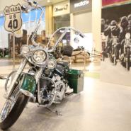 Выставка мотоциклов в ТЦ Галерея фотографии