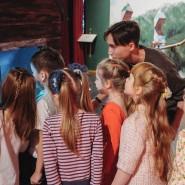 Шоу фокусников и бесплатные экскурсии в Музее Магии фотографии