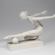 Выставка «Спорт в советском фарфоре, графике, скульптуре» фотографии