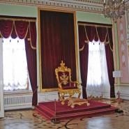 Выставка «В любимых царских резиденциях. Гатчина, Царское Село, Петергоф» фотографии