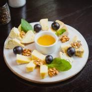 Фестиваль крафтовых сыров «СырДвор» фотографии