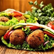 Большой летний Фестиваль еды в Мега Парке фотографии