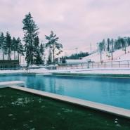 Открытый бассейн в «Охта-Парке» фотографии