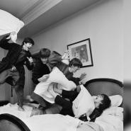 Выставка «Гарри Бенсон. The Beatles инетолько» фотографии