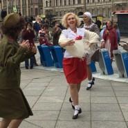 Уличная патриотическая акция «Танцующий Ленинград» 2019 фотографии