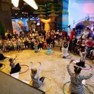 Активные каникулы для детей в Angry Birds Activity Park фотографии