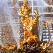 Праздник «Посвящение 315-летию Петергофа» фотографии