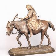Выставка «Русские будни в скульптуре XIX-XX столетий» фотографии