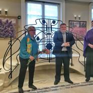 Выставка акварелей Алины Лесовой фотографии