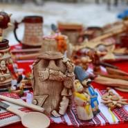 Новогодняя ярмарка в парке имени С.М.Кирова фотографии