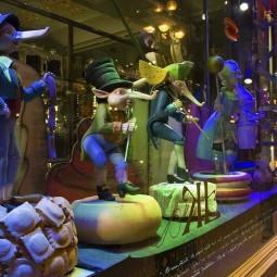 3D-шоу на фасаде магазина купцов Елисеевых