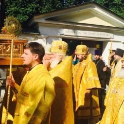 Доступ к  Мощам святителя Николая Чудотворца в Санкт-Петербурге