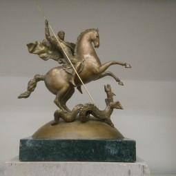 Выставка «Застывшие боги. Современная скульптура Петербурга»