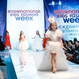 Неделя детской моды в Санкт-Петербурге 2017