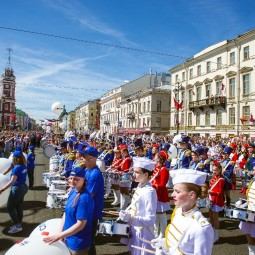 Ударный флешмоб в честь 317-летия Санкт-Петербурга