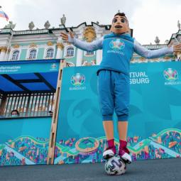 Торжественное закрытие Фестиваля UEFA EURO 2020 в Санкт-Петербурге
