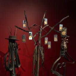 Выставка «Мифы, иллюзии, арт-объекты» наЕлагином острове