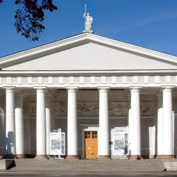 Открытие выставочного центра «Манеж» в Санкт-Петербурге лето 2020
