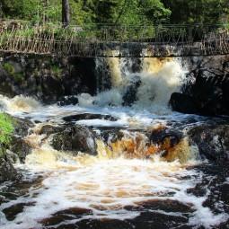 Экскурсия в Карелию: Горный парк «Рускеала» и водопады