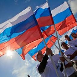День флага в Петербурге на Дворцовой площади 2016