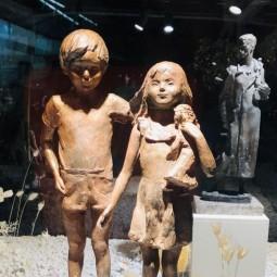 Выставка «Лики Войны иМира»