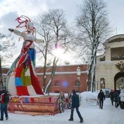 Городской праздник «Широкая Масленица» в Петропавловской крепости 2019