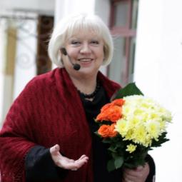 Ко Дню Рождения Анны Ахматовой