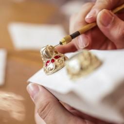 Ювелирный мастер-класс по росписи сувенирной матрешки и экскурсия по центру «Фаберже 8»