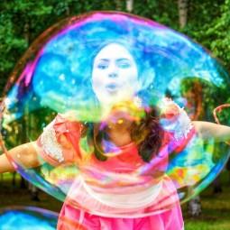 Фестиваль мыльных пузырей в парке Сказок