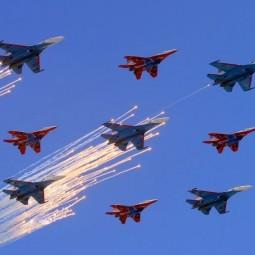 Воздушный парад Победы в Санкт-Петербурге 2020