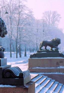 Львы на Дворцовой пристани