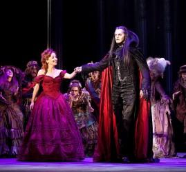 Старт заключительной серии показов мюзикла «Бал вампиров»