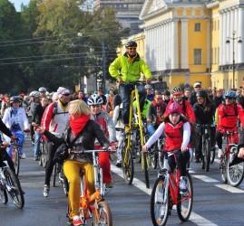 Всероссийский Велопарад в Санкт-Петербурге 2017