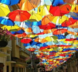 Аллея парящих зонтиков 2017