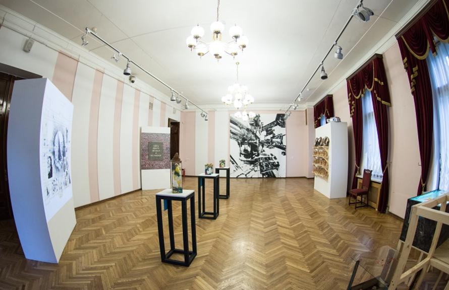 Выставка «Настоящая небыль»