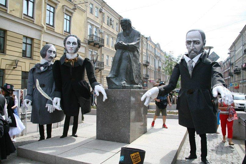 «День Достоевского» наКузнечном переулке 2016