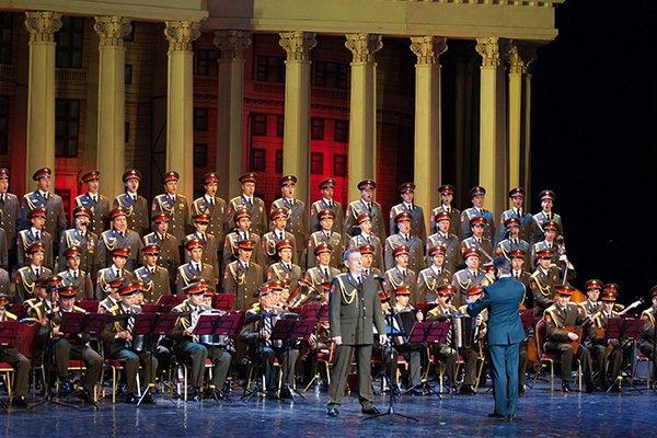 Концерт Академического ансамбля песни ипляски Российской армии