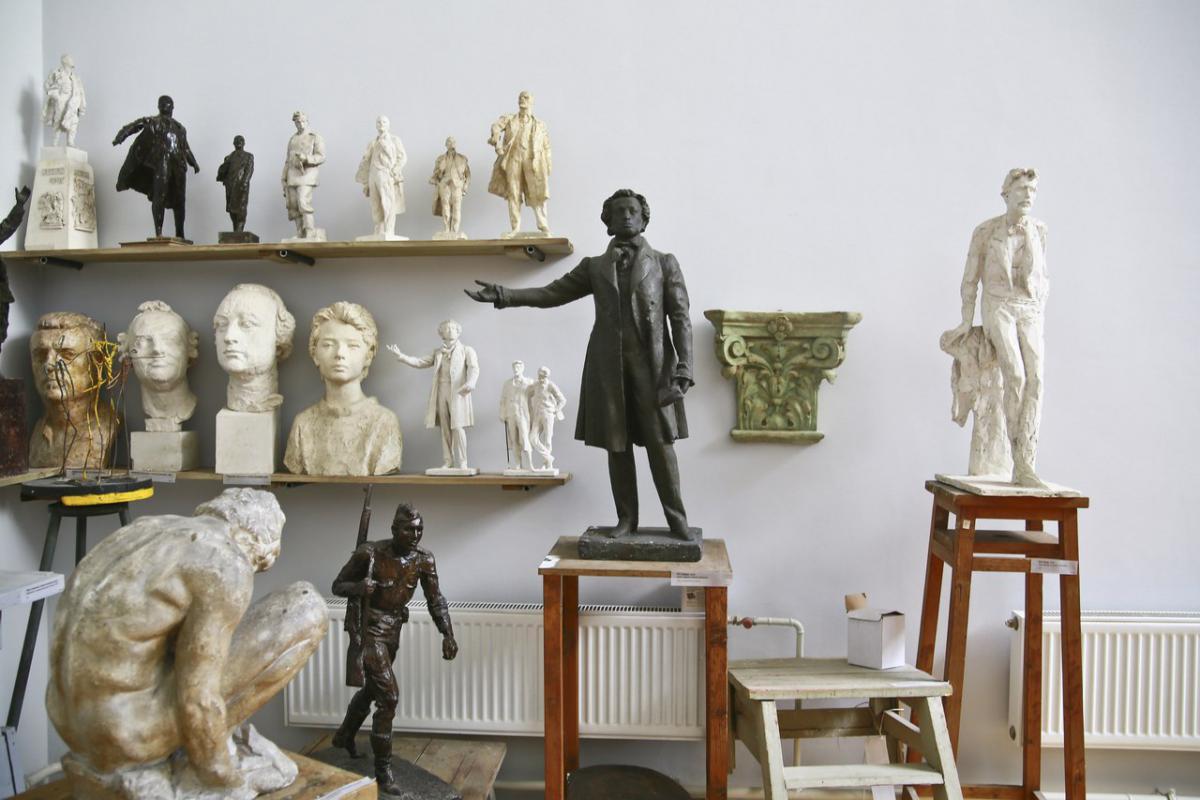 Картинки мастерская скульптора