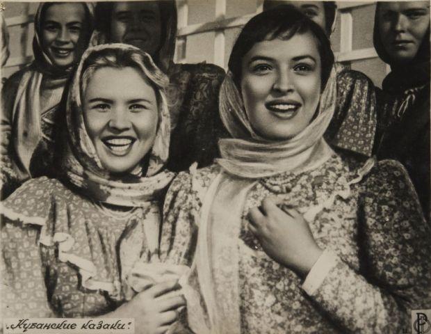 Выставка «Стоп-кадр: советские фильмы врекламных фотографиях»