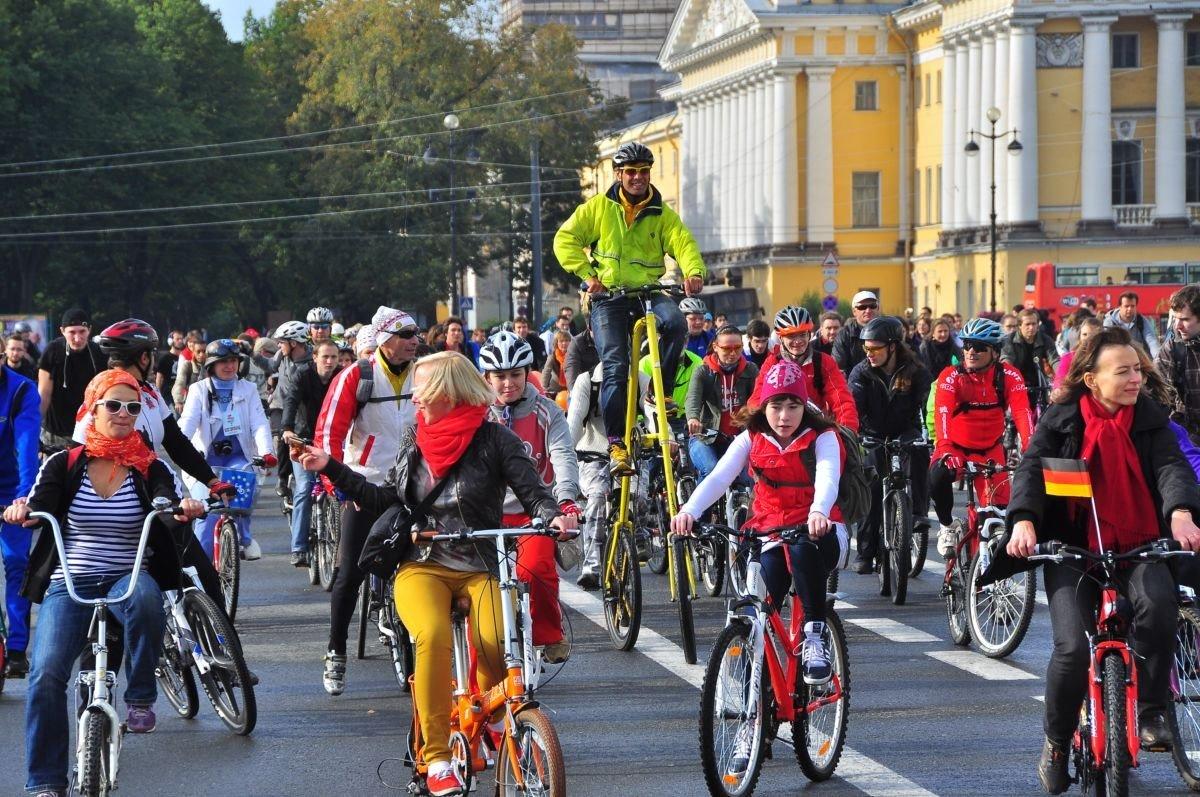 Всероссийский Велопарад вСанкт-Петербурге 2017