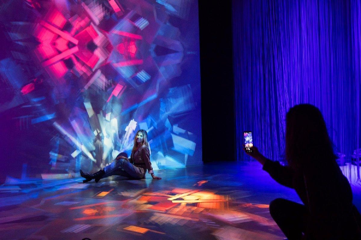 Мультимедийная выставка «Тайны Мироздания»