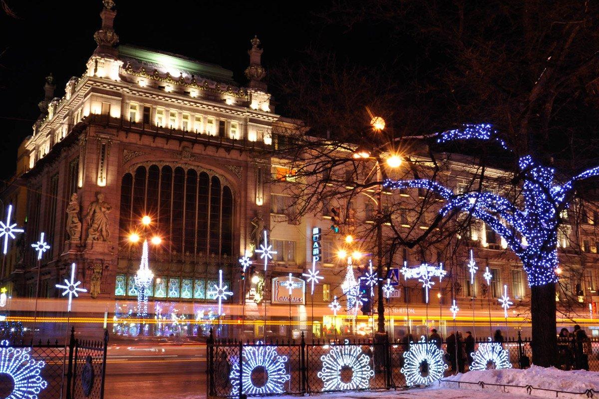 Новогодние экскурсии вСанкт-Петербурге 2020