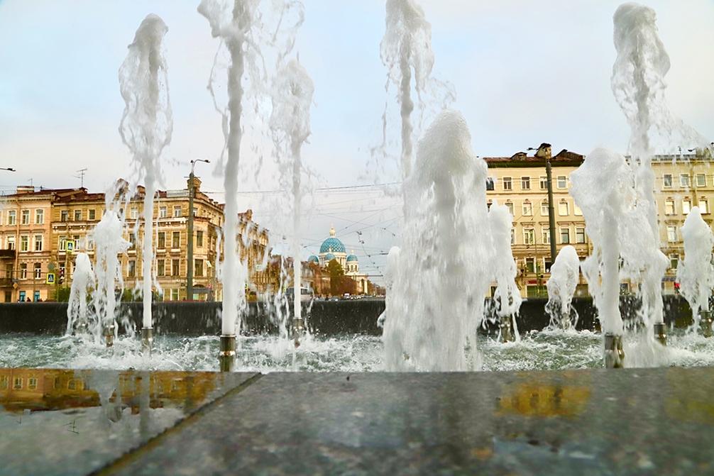 Открытие сезона фонтанов вСанкт-Петербурге 2021